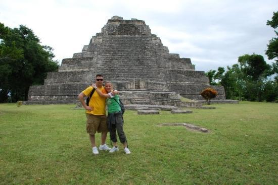 Zona Arqueologica De Chaachoben: Mayan temple.