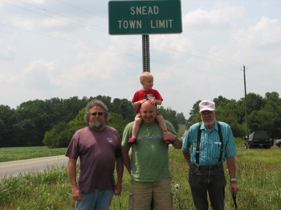 Snead, AL: Four Generations