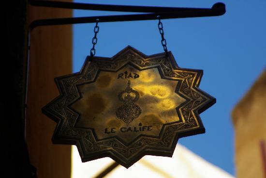 Riad Le Calife: Calife