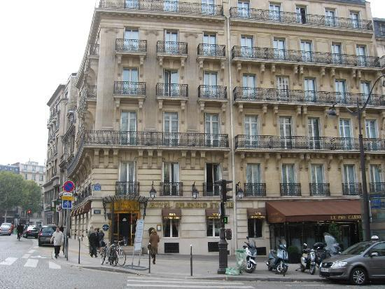 Hotel Splendid Etoile 12 Block From Arc De Triomphe