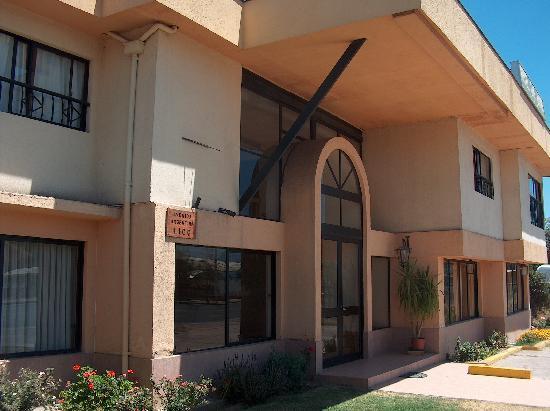 Hotel Los Andes: Hotel frontage