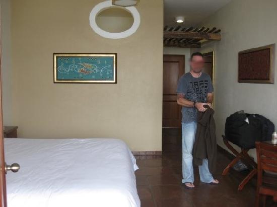 La Hacienda Bahía Paracas: our king bed room