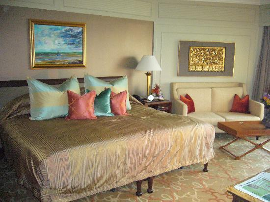 Mandarin Oriental, Bangkok: Bedroom in daytime