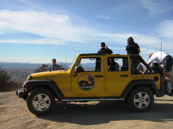Sunrider Jeep and Wine Tours of Temecula: Four wheeling stopped at the lookout