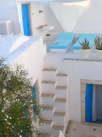 Dar Bibine: stairs to roof