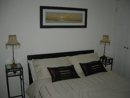 Commonhall Apartments: Bedroom in the Cottage