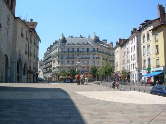 Hotel B And B Grenoble