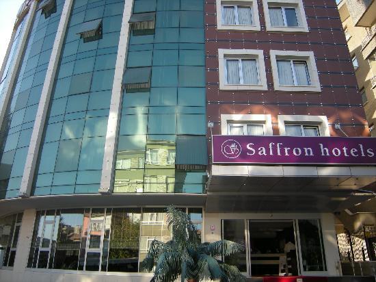Saffron Ankara: Facade