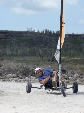 Landsailing Bonaire: Jibe in the Downwind Corner