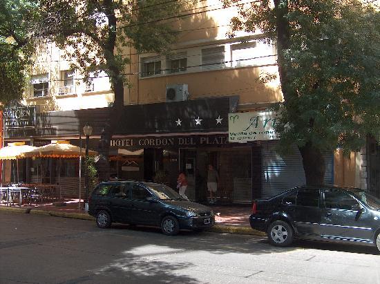 Hotel Cordon del Plata: The hotel frontage