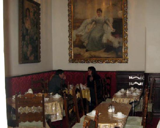 Hotel Pension Franz: Breakfast room