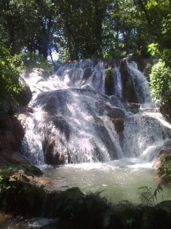 Tuxtla Gutierrez, Meksika: Las cascadas de Agua Azul