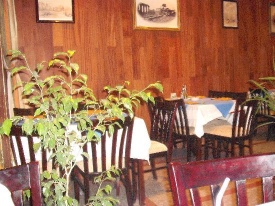 Jamboree : indoor dining area