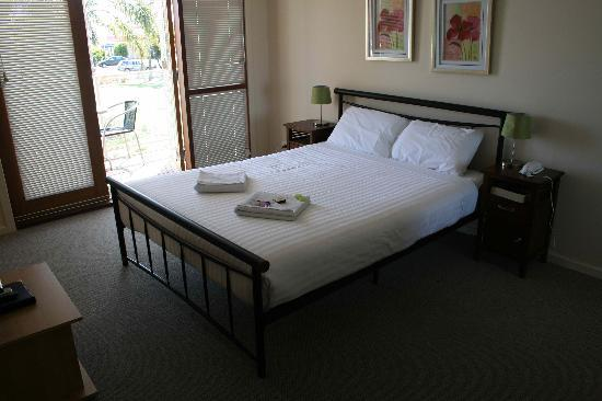 Royal Palms Resort: Bedroom