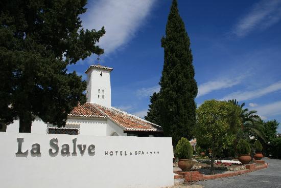 Hotel & Spa La Salve: Entrada al hotel