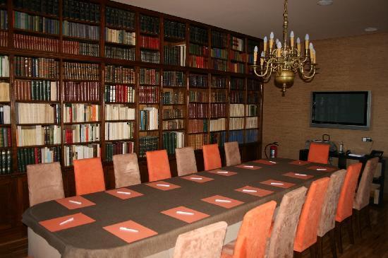 Hotel & Spa La Salve: Biblioteca