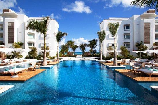 Gansevoort Turks + Caicos: Gansevoort Hotel Pool