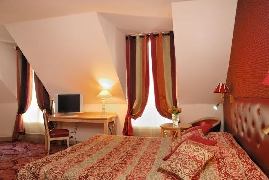 Hotel Central Saint Germain: Chambre triple executive