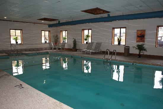 Americas Best Value Inn: Indoor Heated Pool