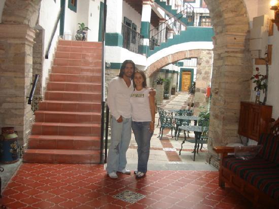 Meson Del Rosario: Lobby