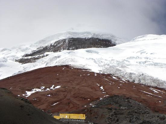 Cotopaxi Province, Ekwador: The glacier and refuge