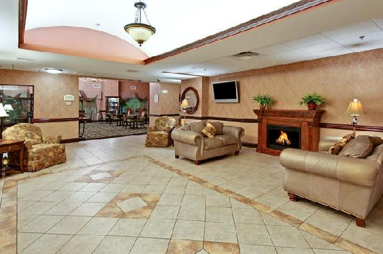 Holiday Inn Express Hotel & Suites Kingsport-Meadowview I-26: Lobby