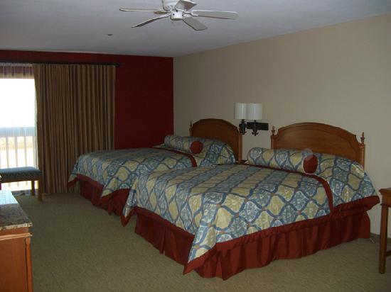 BEST WESTERN PLUS Monterey Inn: 2 Queen Room