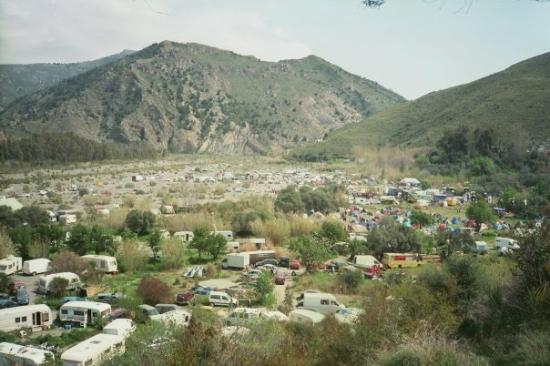 Órgiva, Spania: Orgiva, dragon festival. Enfin un bout celui du coté montagne...
