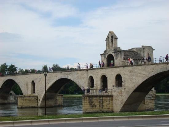 Avignon Car Hire Location