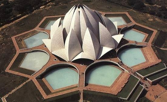 the lotus temple in india baha 39 i house of worship