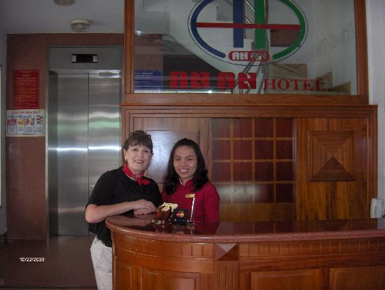 An An Hotel: Lyly and I at reception and guest services