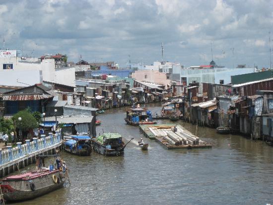 Ca Mau, فيتنام: Ca Mau, Vietnam riverfront