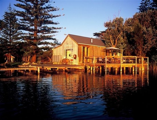 Birks Harbour - Boathouse & Birks River Retreats: Absolute Waterfront location as at Sept 2009