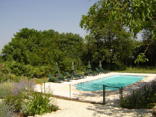 Bois Bourdet : Heated pool
