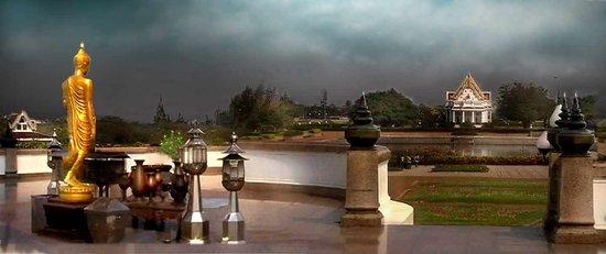 Phutthamonthon: Buddha-Monthon-Park Bangkok, auf dem Unterbau der Großstatue (Panorama)