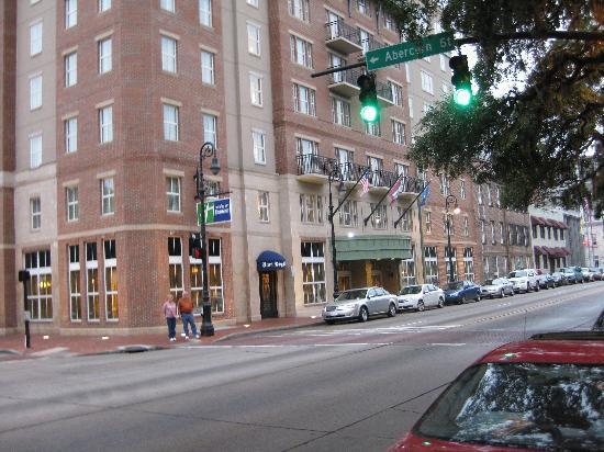 Exterior Holiday Inn Express Savannah Picture Of Holiday Inn