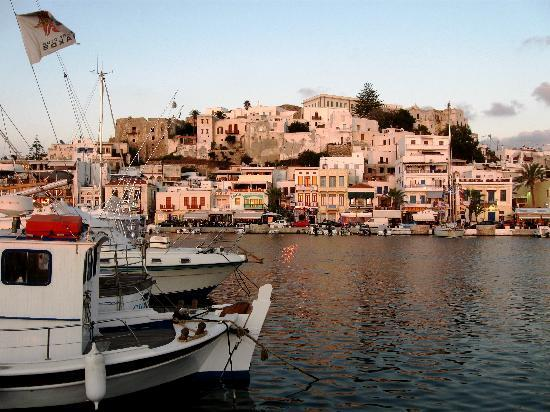 Princess of Naxos: harbour and Chora