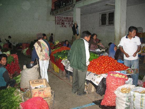 Guatemala: mercato di chichicastenango