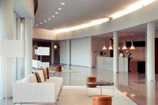 Aqualuz Suite Hotel Apartamentos : Lobby
