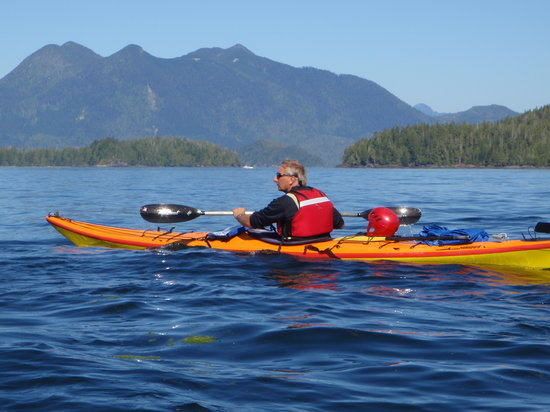 Majestic Ocean Kayaking : Paddling Clayoquot Sound