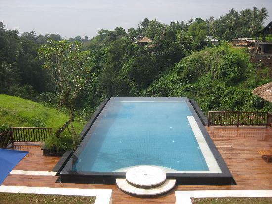 Amori Villas: pool