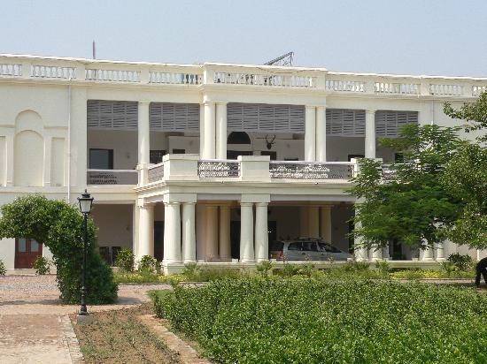 Nadesar Palace Varanasi : front on Nadasar Palace