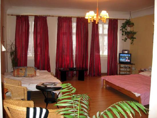 Pushkin Apartments: Triple room