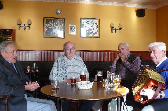 Craigard Hotel: Barra musicians on a Sunday