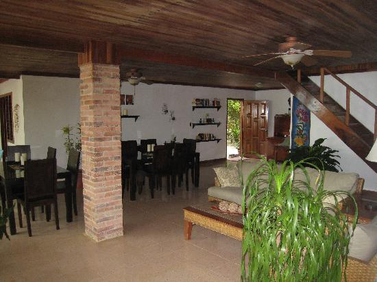 Casa Cecilia : The lounge/kitchen area