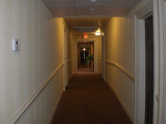 Exeter Inn: Corridor