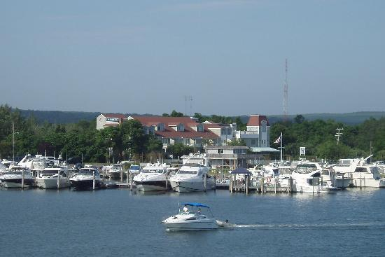 Sag Harbor Inn: Incredible Harbor Views