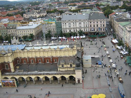 Hotel Korona: The main square in Krakow