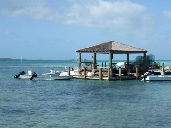 เกาะฮาร์เบอร์: One of the Island Jettys