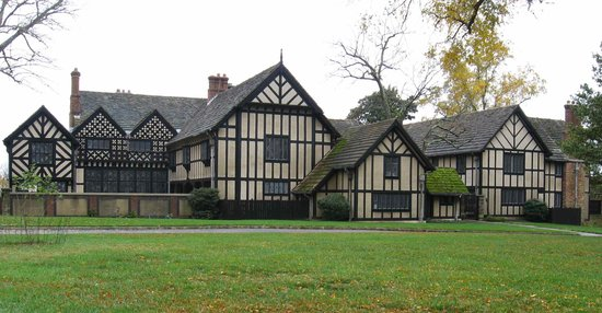 ‪Agecroft Hall‬